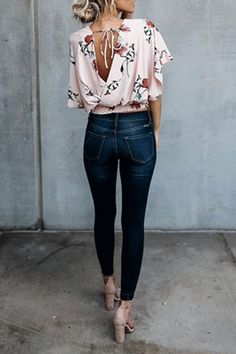 Discover the Casual Fall Outfit smart ideas (but stylish) style women will surely be dressing right now. casual fall outfits for work Casual Summer Outfits, Outfits For Teens, Spring Outfits, Cute Outfits, Fashionable Outfits, Stitch Fix, Look Fashion, Fashion Outfits, Womens Fashion