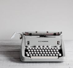 Even if it's non-functional, every home needs a great vintage typewriter like this. This Hermes Typewriter was found by Reclaimer on Etsy Aesthetic Colors, White Aesthetic, Amy Pond Aesthetic, 1960s Aesthetic, Aesthetic Images, Gorillaz, Journal Vintage, A Series Of Unfortunate Events, The Secret History
