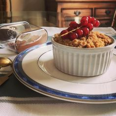 Apple And Berry Crumble, Dessert For Dinner, Stew, Ireland, Berries, Sunday, Desserts, Instagram, Tailgate Desserts