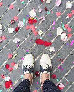 About last Saturday: #wedding  . #goodmorning #buenosdias #selfeet #floor #suelos #zapatos #fashion #shoes #baldosas #tiles #tileaddiction #ihavethisthingwithfloors #architexture #geometry #instalike #instacool #picoftheday #photooftheday #style #weddingday #deboda by mr.plein