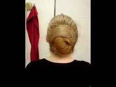 Nautilus bun without stick or clip {via schmetterlinchen at http://youtu.be/KRvg26mOwWg