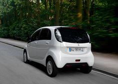 Citroën C-Zero et Peugeot iOn : les mamies électriques font de la résistance !