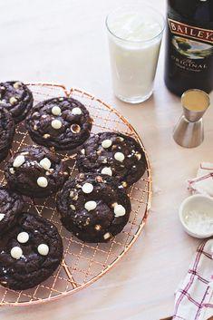 Baileys Chocolate Cookies - hungrygirlporvida.com
