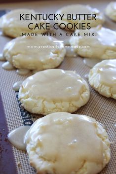 Kentucky Butter Cake Cookies are the perfect size for such a decadent dessert. M… Kentucky Butter Cake Cookies are the perfect size for such a decadent dessert. Made with a cake mix and of course…butter, the glaze on top sets them apart. Cookies Cupcake, Yummy Cookies, White Cake Mix Cookies, Brownie Mix Cookies, Cream Cookies, Butter Cookies Recipe, Homemade Cookies, Crumble Cookie Recipe, Birthday Cake Cookies