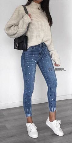 woman in white turtle-neck sweater with blue denim jeans outfit. Crop Top That Will Inspire You This Winter Cute outfits for teens fashion outfits short + tops copy asap summer outfits Spring Outfits Classy, Cozy Winter Outfits, Spring Outfits Women, Fall Outfits, Summer Outfits, Casual Winter, Dress Winter, Casual Summer, Summer Dresses
