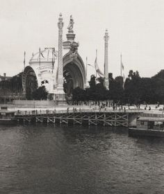 Emile Zola's photographs of Paris during the Exposition Universalle of 1900.