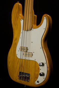 1975 Fender Precision Bass fretless - Maple neck, Natural finish