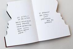 Der kürzlich verstorbene Künstler Gottfried Honegger füllte Bubus Neujahrbücher mit sinnigen Skizzen, Aphorismen und Collagen. Ein Rückblick auf dem Blog: bubu.ch/gottfriedhonegger  #rip #gottfriedhonegger #neujahrsbücher #bookbinding #art #books #bücher #bububindet