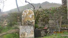 Colhereira de Baixo - Santo António das Areias - Marvão (trabalhos agricolas - limpar a fonte)