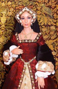 Clemence - Tudor costume for a porcelain doll