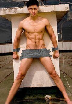 naked guy sucking puss having sex