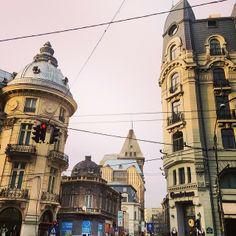 București / Bucharest Bucharest, Pisa, Four Square, Big Ben, Tower, Architecture, Building, Awesome, Travel