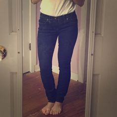 """MADEWELL SKINNY SKINNY JEANS Skinny skinny jeans in madewell rinse. Sits at hips. Fitted through thigh with a slim leg. Inseam is 32 inches - for reference, I am 5'5"""" and wear these as is and also love the look of cuffing them to wear with heels. 93% cotton, 6% poly, 1% spandex. Machine wash. LOVE THESE, they just are too big for me now. Well taken care of, little to no fading. A classic Jean to have in your closet. Madewell Jeans Skinny"""