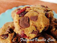 Raw Pumpkin Cranberry Chocolate Chunk Cookies