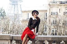 Miss Pandora - Louise Ebel - Part 13 Parisienne Chic, Tour Eiffel, Miss Pandora, Louise Ebel, French Chic, French Style, Camille, Beautiful Women Pictures, Beret