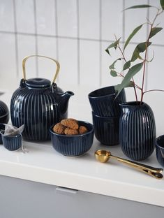 Time for tea: new indigo Hammershøi tableware from Kähler - slow moments - Japandi - Japanese and Scandinavian minimalism