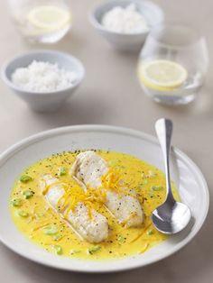 poivre, échalote, curcuma, crême fraîche, vin blanc sec, beurre, sel, orange, queue
