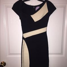 BRAND NEW HERVE LEGER AMBER DRESS RETAILS $1,450 Brand new with tags Herve Leger Amber dress. 100% authentic. Purchase price $1,450. Size Small. Herve Leger Dresses Mini