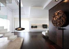 ausgefallener Kamin - von der Decke hängend - fireplaces - FOCUS