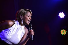 Mary J Blige gave a great mini-concert at Beverly Hills Hotel 100th Anniversary Celebration