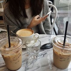 Friends and coffee, there's no better way to start your day ! how to start your day right, eat a good breakfast, morning essential