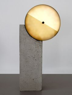 Sophie Mensen and Oskar Peet - Syzygy Lamp/OS ∆ OOS | Table light |  macyage.exblog