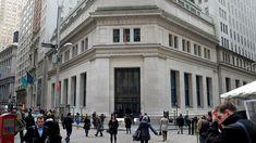 Siamo nelle rade del porto per Wall Street: le attese per il 10 ottobre - Ieri, i principali Indici americani hanno chiuso con segno negativo: Dow Jones -0,06% a 22.761 S&P 500 -0,18% a 2.544 Nasdaq C. -0,16% a 6.579 A che punto siamo di breve? Siamo giunti a ridosso dei massimi mensili proiettati e sul terzo obiettivo della nuova legge della vibrazione. Siamo...