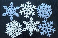 Pärlade snöflingor   Jul hos Helena