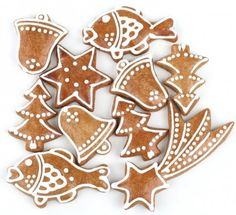 PERNIK: Czech-style Christmas gingerbread but better! Xmas Food, Christmas Desserts, Christmas Treats, Christmas Baking, Gingerbread Decorations, Christmas Gingerbread, Gingerbread Cookies, Royal Icing Cookies, Cake Cookies