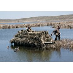 Cabela's Northern Flight™ Cold-Weather Boat Blind at Cabela's Duck Hunting Blinds, Duck Hunting Boat, Coyote Hunting, Turkey Hunting, Archery Hunting, Hunting Dogs, Hunting Stuff, Pheasant Hunting, Hunting Gear