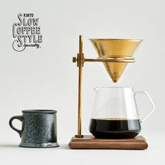 KINTO is a tableware company that develops original and customized products in Japan. Balancing usability and aesthetics, we create products such as coffee dripper, teapot and tableware, which stand by you in your everyday life.