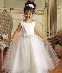 Image result for peinados para niñas de primera comunion