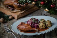 In unserer Hauptspeise trifft ein Klassiker der chinesischen Küche auf deutsche Weihnachtsspezialitäten.