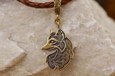 SMALL Celtic Fox pendant. Loki Fox. Witchcraft Amulet.