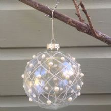 Gisela Graham Clear Glass Bauble with Silver Glitter and Pearl Trellis