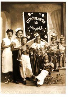 Neste domingo, 28, a roda de samba mensal promovido pelo Kolombolo na Praça do Samba, recebe integrantes da Lavapés, incluindo a presidente Rosemeire Marcondes (neta da fundadora, Madrinha Eunice).