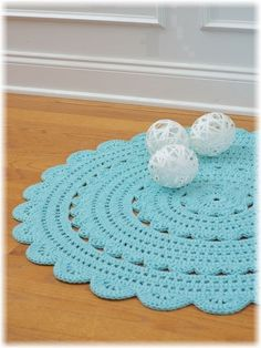 ...Handy Crafter...: Two custom made doily rugs done!