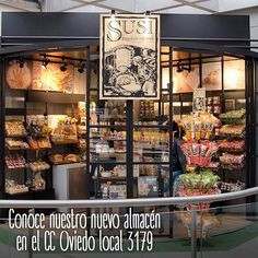 Visita nuestro nuevo almacén en el CC Oviedo Medellín y encuentra panes frescos 100% saludables y productos que te sorprenderán, te esperamos en el local 3179 sector Manzana
