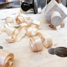 Nyt alkaa näyttään puusepän työltä! #osao #uurre #uurre_verstas #puuseppä #puuartesaani #opiskelu http://ift.tt/2bvT4Ep