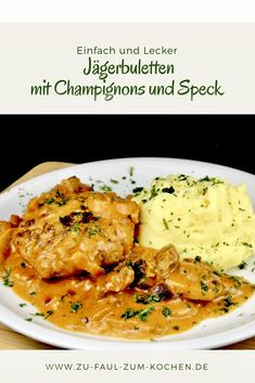 Dieses köstliche Familie Gericht Jägerbuletten mit Champignons und Speck ist e… This delicious family dish of chickens with mushrooms and bacon is a simple dish that you can cook every day. Healthy Eating Tips, Healthy Nutrition, Pork Recipes, Chicken Recipes, Plat Simple, Lard, Pioneer Woman Recipes, Mushroom Chicken, Vegetable Drinks