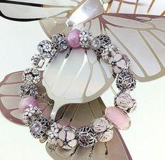 Floral theme Pandora bracelet PANDORA Jewelry http://xelx.bzcomedy.site/ More than 60% off!