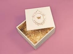Marie Antoinette Welcome Kit (Student Project) on Packaging of the World - Creative Package Design Gallery Cosmetic Packaging, Beauty Packaging, Packaging Ideas, Jewelry Packaging, Wooden Jewelry Boxes, Jewellery Boxes, Packaging Design Inspiration, Creative Inspiration, Trade Show Giveaways