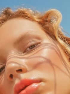 Models Anabel Krasnotsvetova and Yeva Podurian are styled by Abby Qi in sherbert colors for 'Summer Breeze'. Photographer Ruo Bing Li captures Anabel & Yeva for Harper's Bazaar Kazakhstan July Hair by Eric Jamieson; makeup by Liset Garza Vogue Photography, Beauty Photography, Photoshop Photography, Elle Us, Beauty Shoot, Summer Breeze, Beauty Editorial, Harpers Bazaar, Aesthetic Photo
