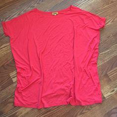 PIKO 1988 Coral short sleeve tee Excellent condition. PIKO Tops