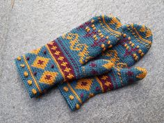 Finnish Tapestry Crochet. Enough said, right?