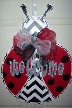 Items similar to Ladybug Door Hanger on Etsy Ladybug Crafts, Ladybug Party, Ladybug Room, Wooden Crafts, Diy Crafts, Burlap Signs, Burlap Door Hangers, Class Decoration, Kids Wood