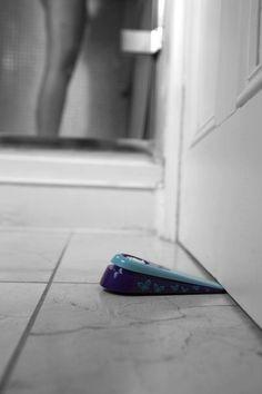 portable door wedge alarms - http://www.replacementtraveltrailerparts.com/portabledoorwedgealarms.php