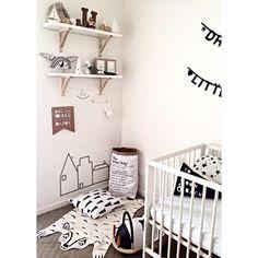 A snippet of master JJ's room! monochrome & wood madness! #masterjj #jj #hellolittlebirdie #interiordesignerforkids #interiostylist #boysroom #nursery #kidsroom #kidsdecor #monochrome #wood #babyroom #littleboy #interiordesign