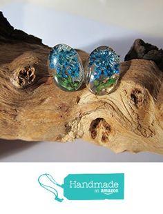 Pendientes transparentes con flores azules y hojas verdes, en plata de ley y cabuchón de cristal, ovalados de Jewellery Handmade Oscurarosa https://www.amazon.es/dp/B01KOI1EE8/ref=hnd_sw_r_pi_dp_0zc5xbT6W9T18 #handmadeatamazon