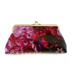 $4.44 Elegant Women's Clutch Wallet With Floral Print and Kiss-Lock Closure Design